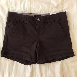 NEVER WORN AE Wine Midi Chino Shorts